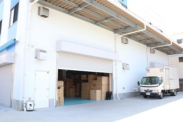 物流|関西・関東にもそれぞれ委託倉庫を保有し、商品も多く保管しております。