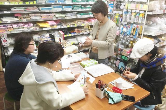 不定期でイベントを実施し、地域により沿った活動も行っております。 パッケージプラザ神戸兵庫店